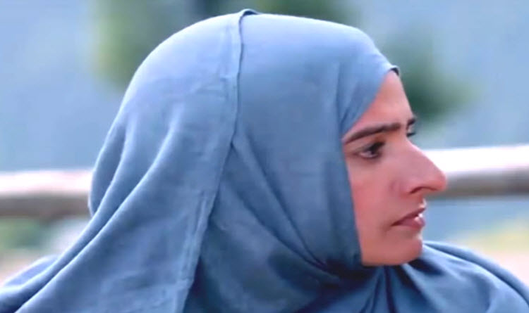 Mayor fires Palestinian intern for wearing headscarf